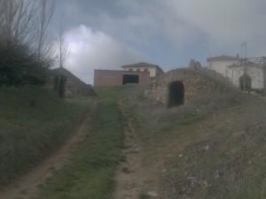 El pueblo está rodeado de bodegas